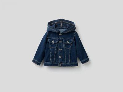 Джинсовая куртка с трикотажными вставками Benetton. Цвет: синий