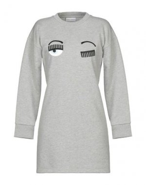 Короткое платье CHIARA FERRAGNI. Цвет: серый