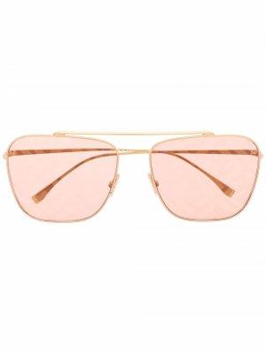 Солнцезащитные очки-авиаторы с двойным мостом Fendi Eyewear. Цвет: золотистый