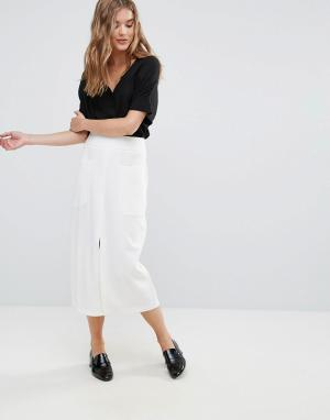 Юбка миди с большими карманами Closet London. Цвет: кремовый
