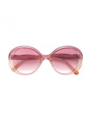 Солнцезащитные очки в круглой оправе Chloé Kids. Цвет: розовый