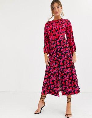 Платье миди с длинными рукавами, разрезом и принтом сердец -Мульти Closet London