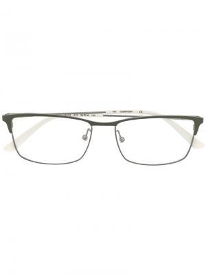 Очки в прямоугольной оправе Calvin Klein. Цвет: серый