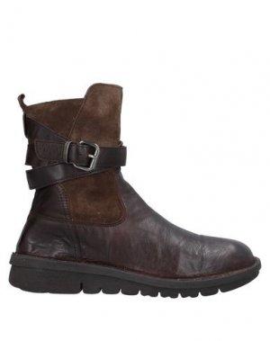 Полусапоги и высокие ботинки KHRIO'. Цвет: темно-коричневый