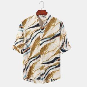 Мужской Рубашка с принтом на пуговицах коротким рукавом SHEIN. Цвет: многоцветный