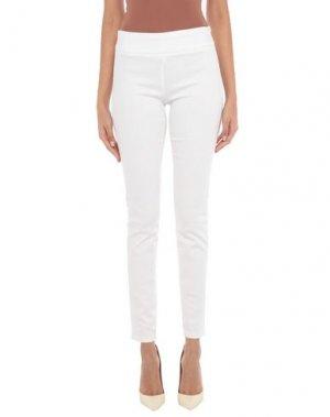Джинсовые брюки JOSEPH RIBKOFF. Цвет: белый