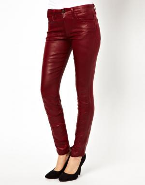 Окрашенные зауженные джинсы в кожаном стиле Joes Jeans Joe's. Цвет: wine