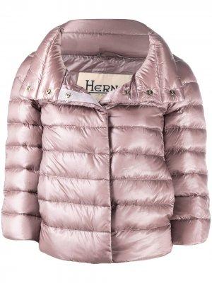 Укороченная стеганая куртка на молнии Herno. Цвет: розовый