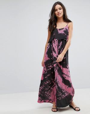 Пляжное платье макси с принтом тай‑дай и отделкой монетами Anmol. Цвет: розовый