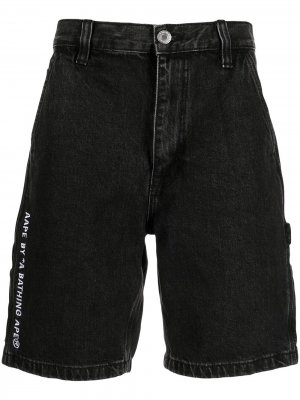 Джинсовые шорты с вышитым логотипом AAPE BY *A BATHING APE®. Цвет: черный