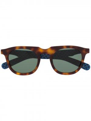 Солнцезащитные очки в круглой оправе Drumohr. Цвет: коричневый