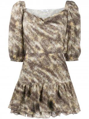 Фактурное платье с абстрактным принтом Marysia. Цвет: коричневый