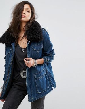 Длинная джинсовая куртка с воротником из искусственного меха One Teasp Teaspoon. Цвет: синий