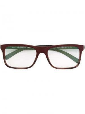 Оптические очки в прямоугольной оправе Bulgari. Цвет: красный