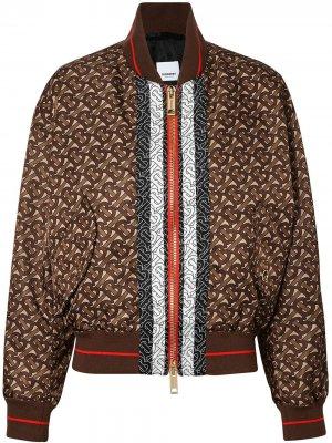 Куртка-бомбер с монограммой и принтом в полоску Burberry. Цвет: коричневый