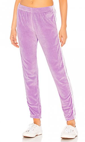 Спортивные брюки mozzarella Indah. Цвет: бледно-лиловый