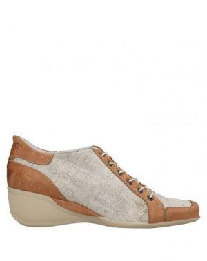 Низкие кеды и кроссовки FARRUTX. Цвет: верблюжий