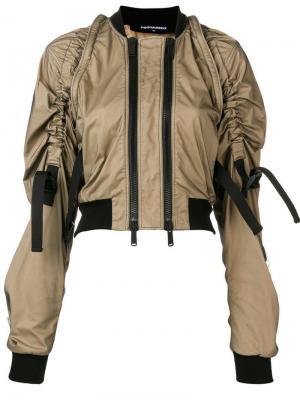 Укороченная куртка-бомбер с двойной молнией Dsquared2. Цвет: бежевый