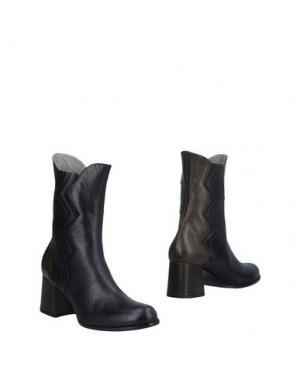 Полусапоги и высокие ботинки JOSEPHINE. Цвет: черный