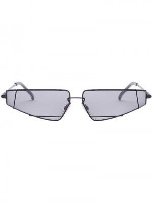 Солнцезащитные очки FendiFiend в оправе кошачий глаз Fendi Eyewear. Цвет: черный
