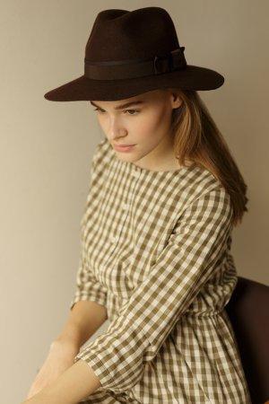 Шляпа CHRISTYS. Цвет: темно-коричневый