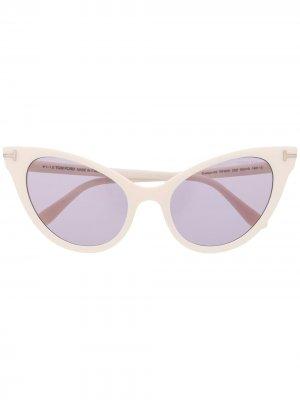 Солнцезащитные очки в оправе кошачий глаз TOM FORD Eyewear. Цвет: нейтральные цвета