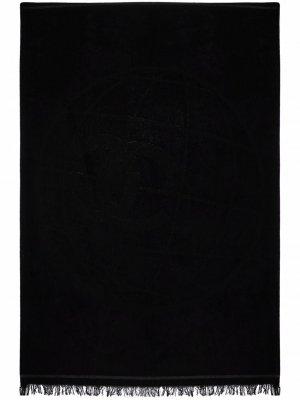 Пляжное полотенце 2018-го года с логотипом CC Chanel Pre-Owned. Цвет: черный