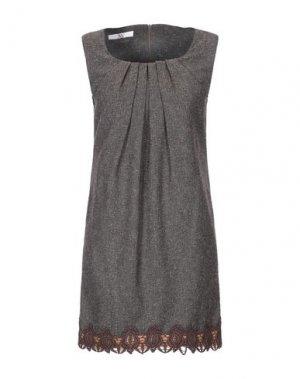 Короткое платье X'S MILANO. Цвет: какао