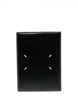 Обложка для паспорта с контрастной строчкой Maison Margiela. Цвет: черный