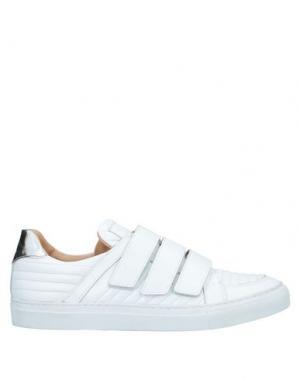 Низкие кеды и кроссовки PIERRE BALMAIN. Цвет: белый