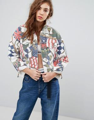 Джинсовая куртка в стиле 90-х с принтом Capsule-Мульти Tommy Jeans