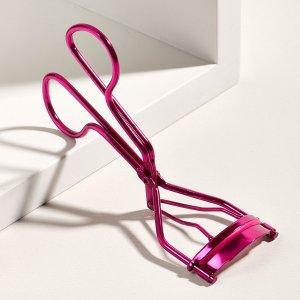 Щипцы для завивки ресниц 1шт SHEIN. Цвет: ярко-розовый