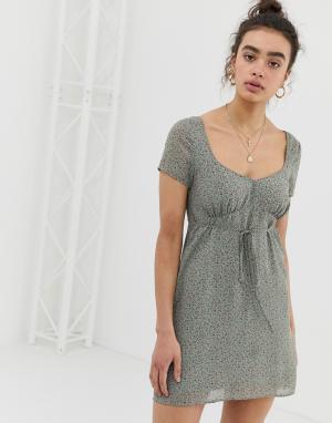 Чайное платье с цветочным принтом Emory Park. Цвет: серый