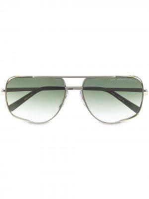 Солнцезащитные очки-авиаторы с градиентными линзами Dita Eyewear. Цвет: серебристый