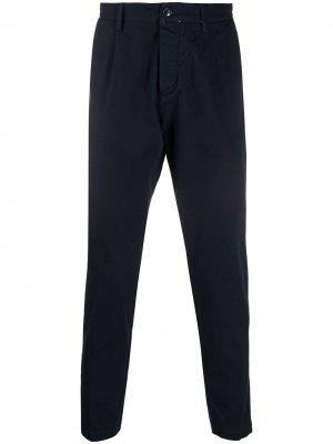 Зауженные брюки чинос Haikure. Цвет: синий