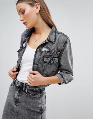 Укороченная джинсовая куртка с прорехами Diesel. Цвет: черный