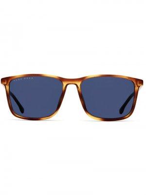 Солнцезащитные очки в квадратной черепаховой оправе Boss Hugo