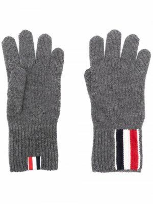 Перчатки с полосками RWB Thom Browne. Цвет: серый