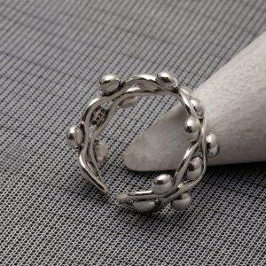 Мужское металлическое кольцо SHEIN. Цвет: серебряные