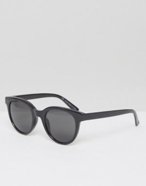 Солнцезащитные очки в круглой оправе Transfer Weekday. Цвет: черный