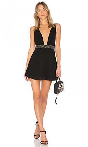 Платье-мини с бретелью-петлей iria ale by alessandra. Цвет: черный