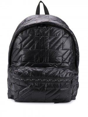 Большой стеганый рюкзак Eastpak. Цвет: черный