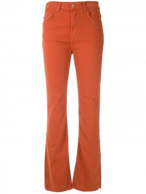Расклешенные укороченные брюки Eva. Цвет: оранжевый