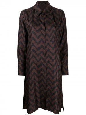Платье-рубашка с узором зигзаг Luisa Cerano. Цвет: коричневый