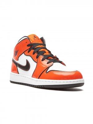 Кроссовки Air Jordan 1 Mid Nike Kids. Цвет: оранжевый