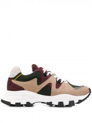 Массивные кроссовки в стиле колор-блок Cinzia Araia. Цвет: коричневый