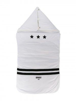Star logo nest Givenchy Kids. Цвет: белый