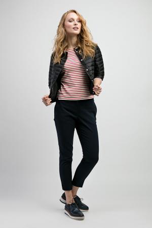 Стильная короткая куртка для миниатюрных девушек ADD. Цвет: черный