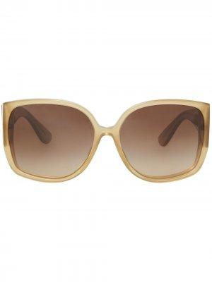Солнцезащитные очки оверсайз в оправе бабочка Burberry Eyewear. Цвет: нейтральные цвета