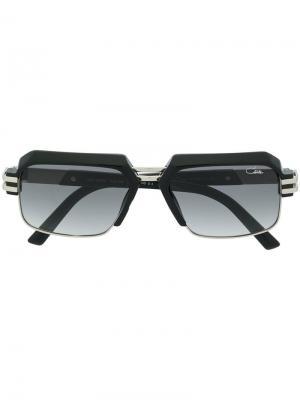 Солнцезащитные очки в массивной оправе Cazal. Цвет: черный